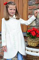 """Детское Пальто для Девочек """"Украинская Леди"""" Молочное с розовым цветком"""