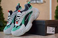 Женские кроссовки Баленсиага Triple S серые с зелёным