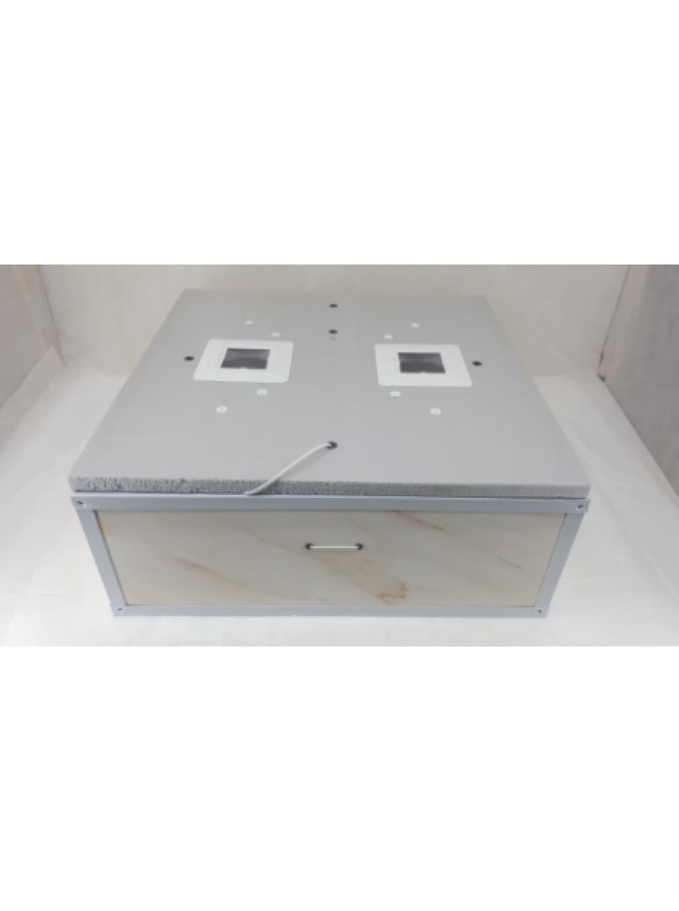 Инкубатор для яиц Курочка Ряба ИБ-130 механический, цифровой, ТЭН