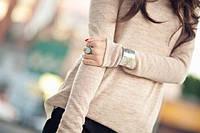 Можно ли носить серебряный браслет со свитером?