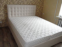 Кровать двуспальная белая пикировка