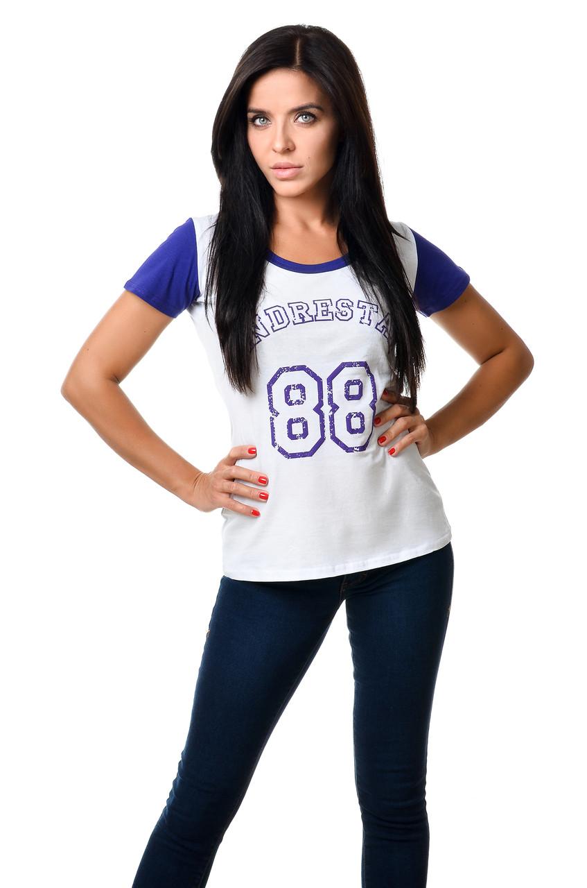 Жіноча спортивна футболка бавовняна приталеного силуету біла