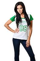 Женская спортивная хлопковая футболка приталенного силуэта белая с зеленым
