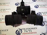 Расходомер воздуха росходомір повітря Volkswagen Фольксваген Т5 2.5 TDI 2003-2010