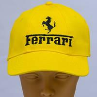 Бейсболка с вышивкой логотипа Ferrari