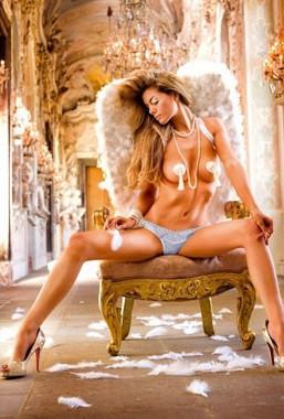 Еротичні трусики стрінги Lace Mesh Thong від BACI Lingerie