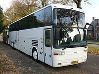 Лобовое стекло автобуса EOS Coach 200,230, 233L, MD нижнее (1998-2004), фото 1