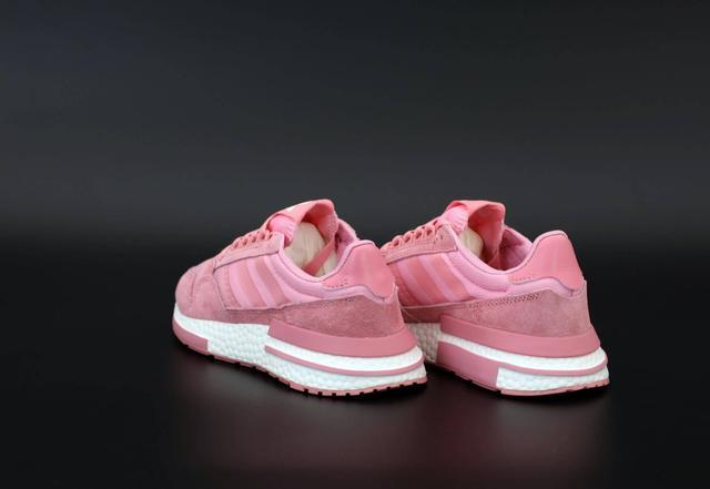 Женские кроссовки Adidas ZX-500 в розовом цвете фото