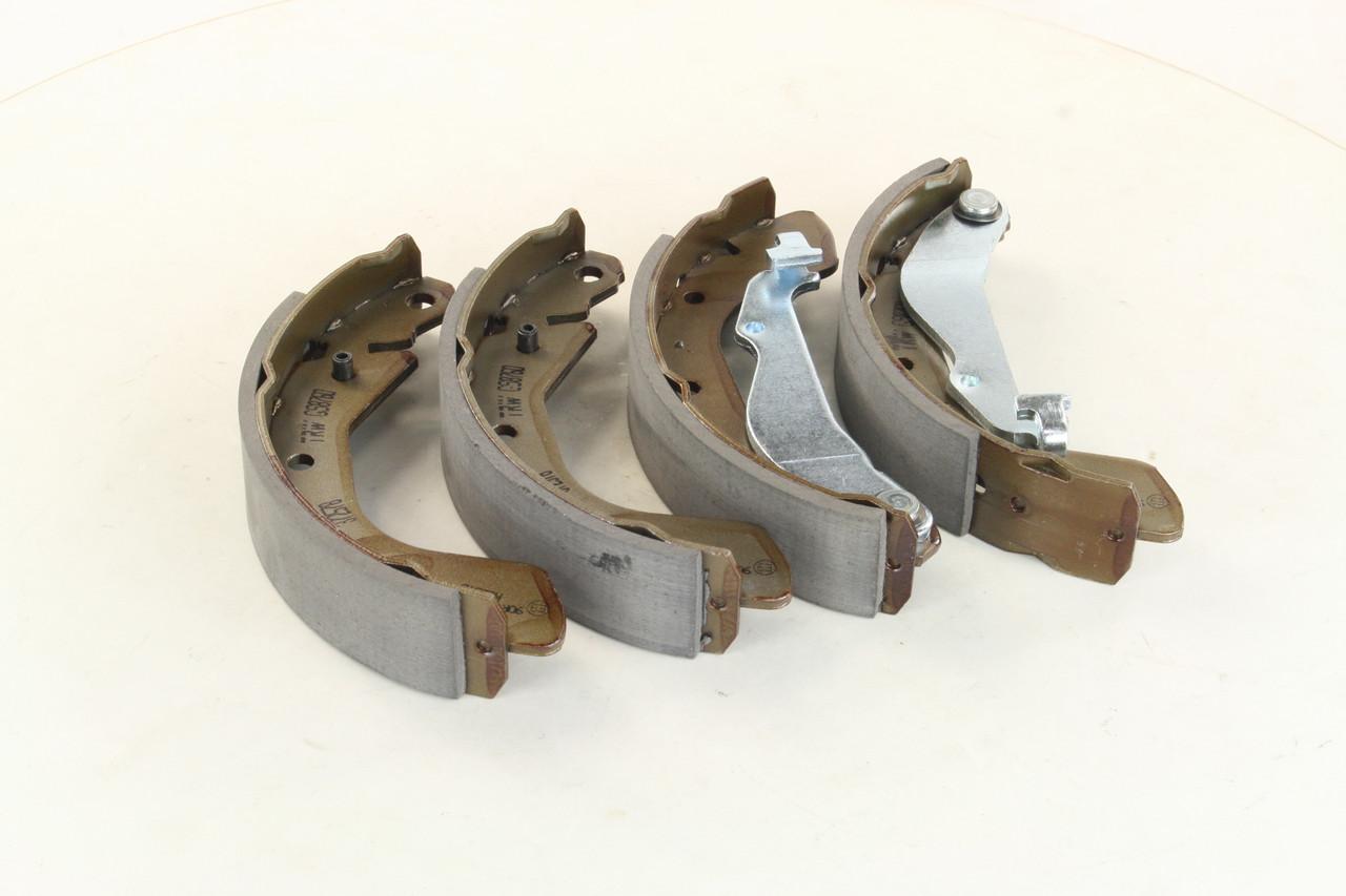 Колодки тормозные барабанные CHEVROLET AVEO 06- задние (TRW). GS8760