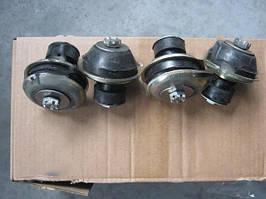 Крепление двигателя (комплект) УАЗ 469 (31512), 452 (Ульяновск). 3151-1001100-01