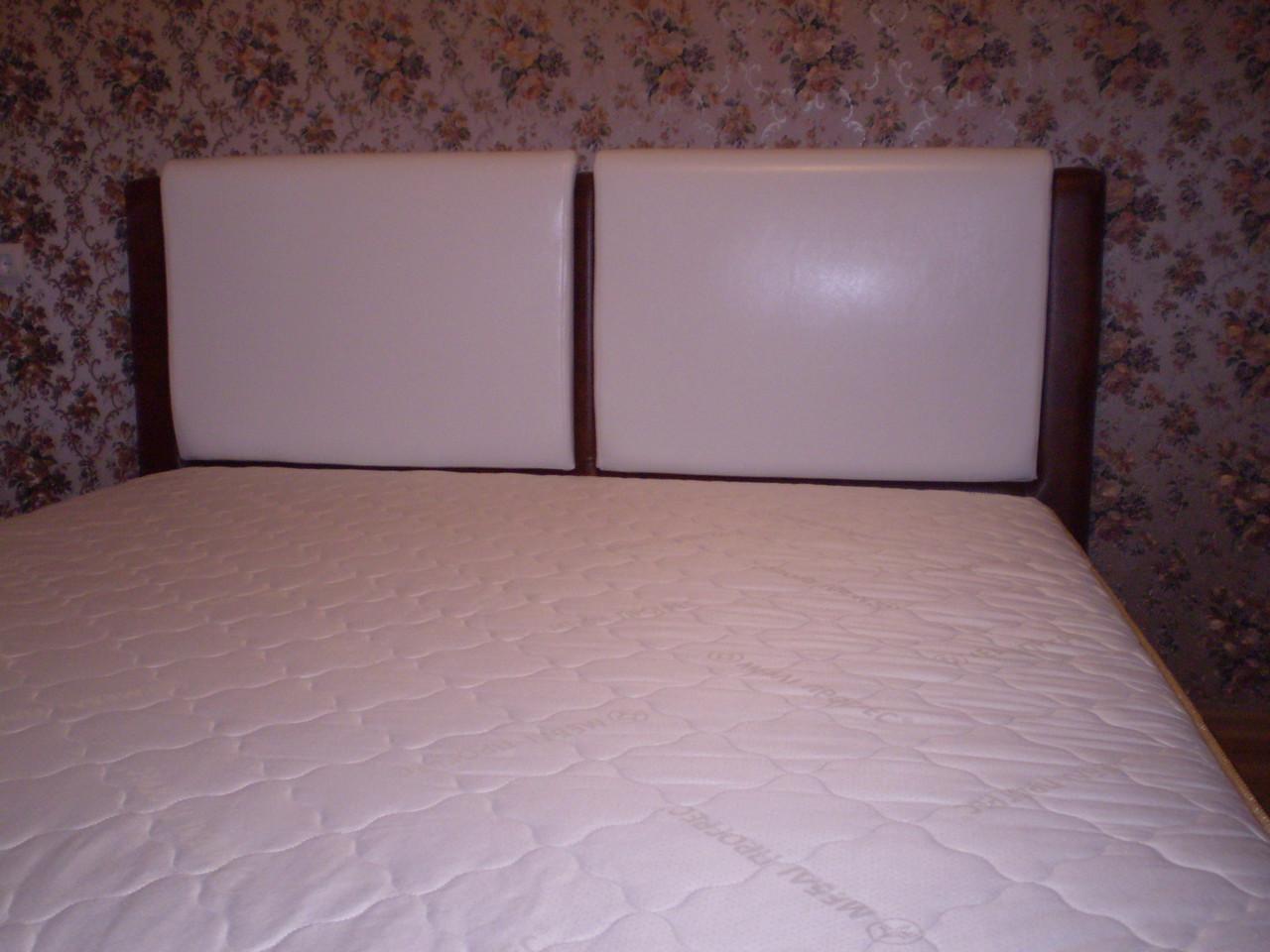 Кровать двуспальная комбинированная