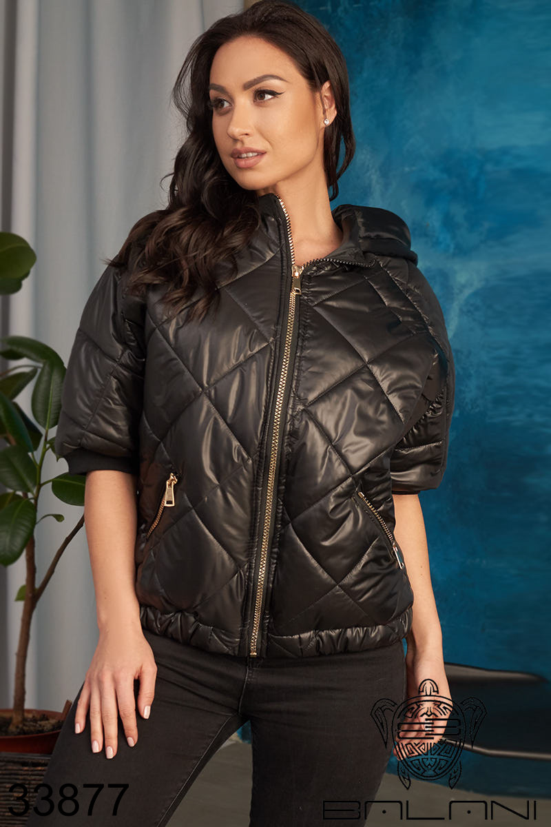 Женская куртка с коротким рукавами  50-52,54-56,58-60