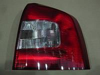 Фонарь правый Skoda OCTAVIA 09- (TYC). 11-C259-01-2B