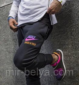 Новые модели мужских спортивных брюк NIKE NIKE TRACK & FIELD уже в продаже