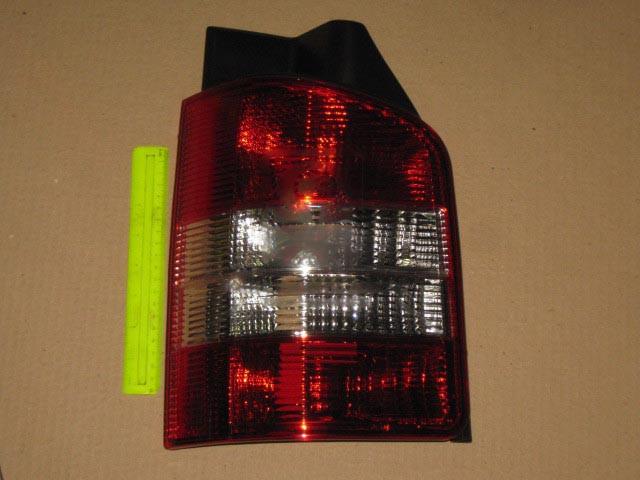 Фонарь левый VW T5 03-09 (TYC). 7H0945095H