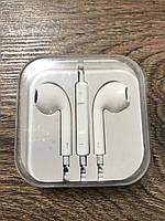 Проводные наушники Apple c штекером mini jack 3.5 мм
