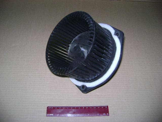 Электродвигатель отопителя ВАЗ 2123, УАЗ ПАТРИОТ (г.Калуга). 36.3780