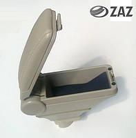 Подлокотник Hody Chery FY-2 / A13 / ZAZ Forza со сдвижной крышкой