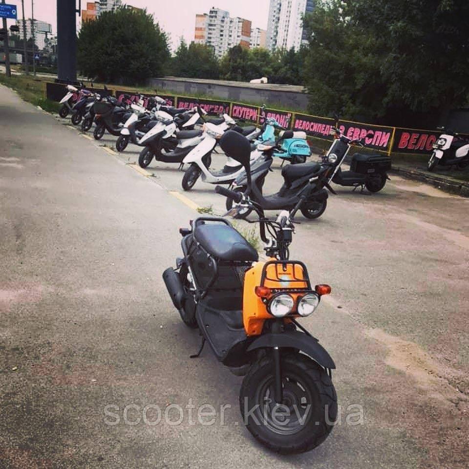 Скутер Honda Zoomer