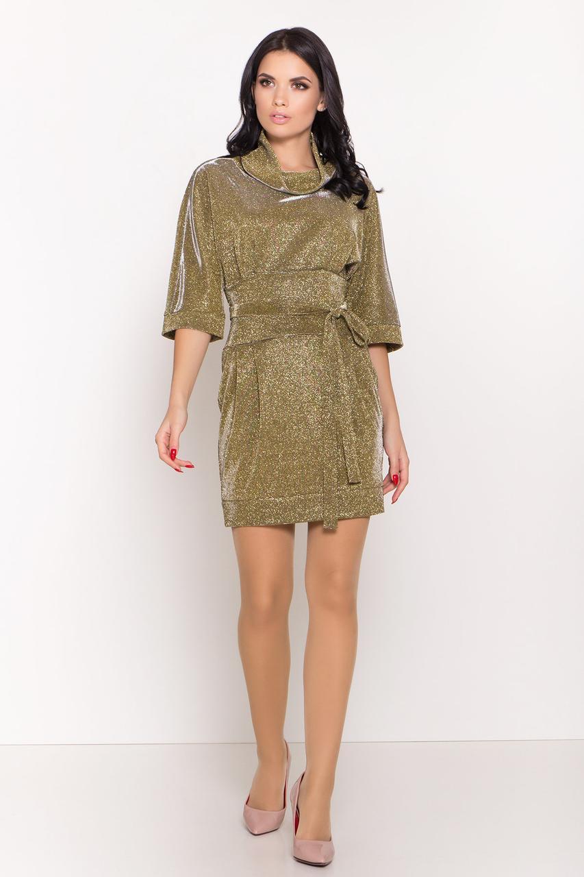Золотистое платье с люрексом