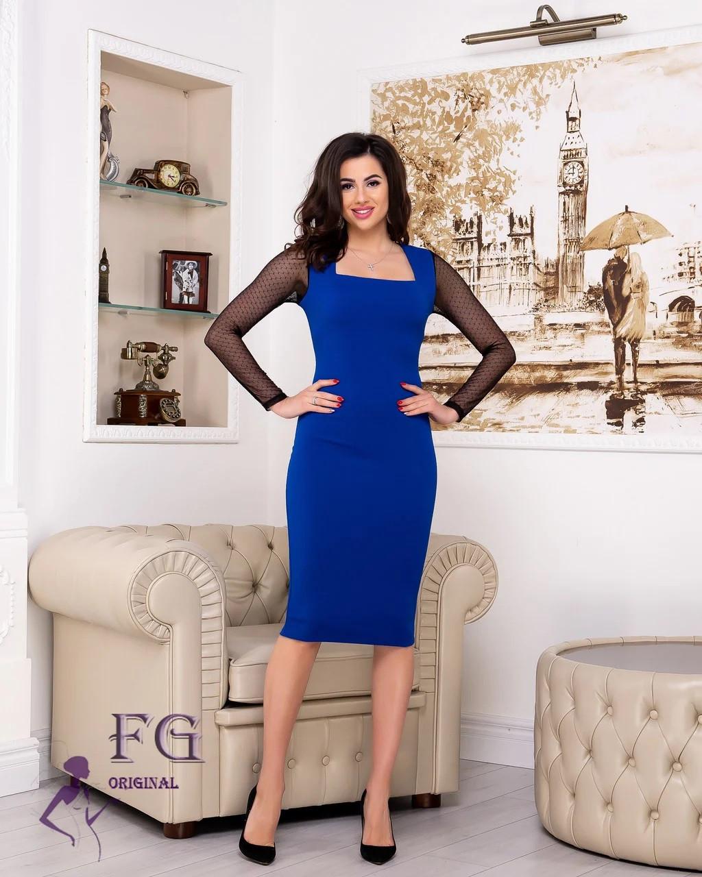 Стильное платье миди облегающее с длинным прозрачным рукавом электрик