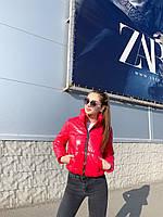 Куртка короткая. Женская курточка красная лаковая