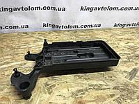 Корпус под акамулятор   Skoda Octavia A7      5Q0 915 321 G, фото 1