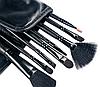 Памятка визажисту: как очищать, сушить и хранить кисти для макияжа