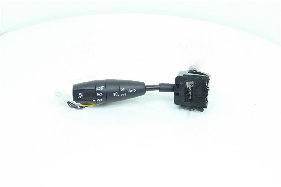 Перемикач поворотів, світла, фар п/тум LANOS (Дорожня карта). 96242526