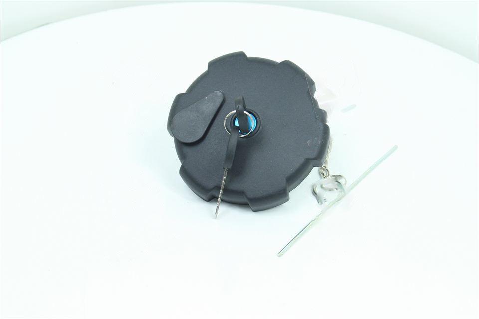 Крышка бака топливного КАМАЗ пластм с ключом (Дорожная карта). 55.100-1103010