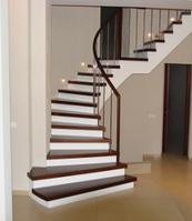 Лестницы на железобетонном основании