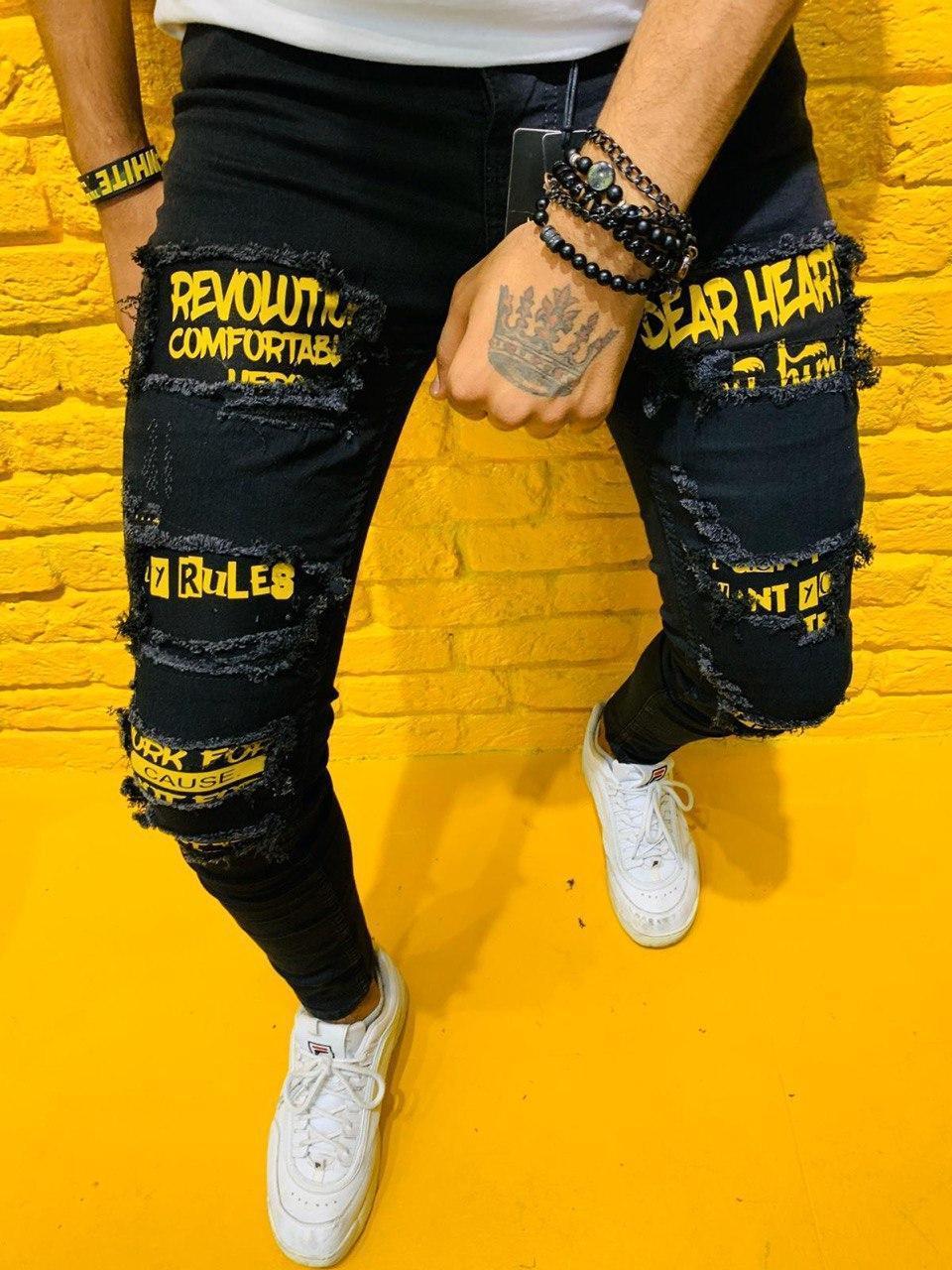Мужские стильные джинсы черные с заплатками и литерами 32, 33, 36