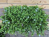 Коврик на могилу 60х40, искусственная трава для могилы с белыми искусственными цветами, фото 1