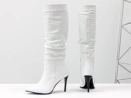 Сапоги-гармошки на сборке свободного одевания из натуральной кожи белого цвета, 36-40р.
