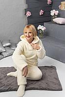 Теплая женская махровая пижама с капюшоном, молочная, с носочками в комплекте