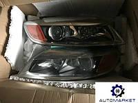 Фара левая / правая ксенон (-09) USA Audi Q7 2005-2014 (4L)