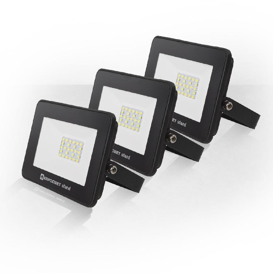 Набор из 3х прожекторов светодиодных ЕВРОСВЕТ 30Вт 6400К EV-30-504 STAND 2400Лм