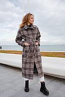 Женское длинное демисезонное пальто в клетку с поясом большого размера