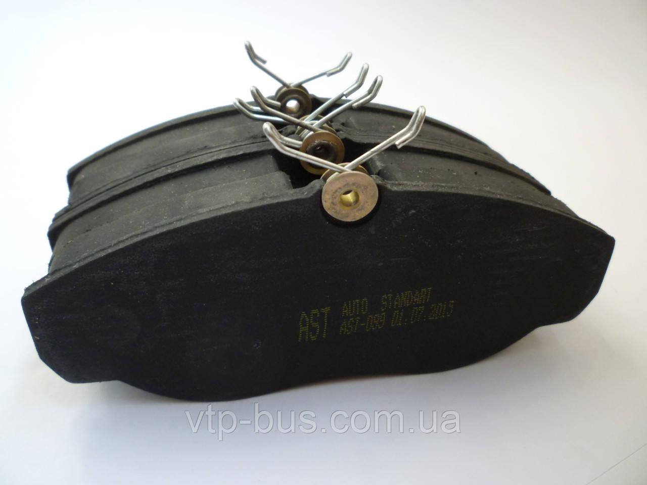 Тормозные колодки передние на Renault Trafic / Opel Vivaro с 2001... AVTOSTANDART (Украина) AST099