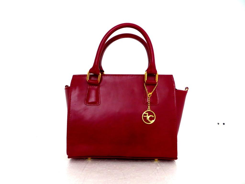 Стильная женская сумочка. Натуральная кожа. Италия. Красный