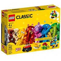Конструктор LEGO Classic Базовый набор кубиков 300 деталей (11002)