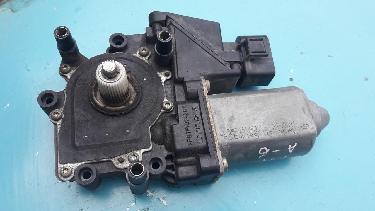 Моторчик стеклоподъемника задний левый audi a6 c5 ауди а6 с5 4B0959801B 0130821784