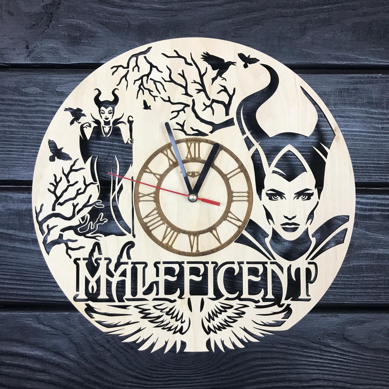 Тематические настенные часы из дерева «Малефисента»