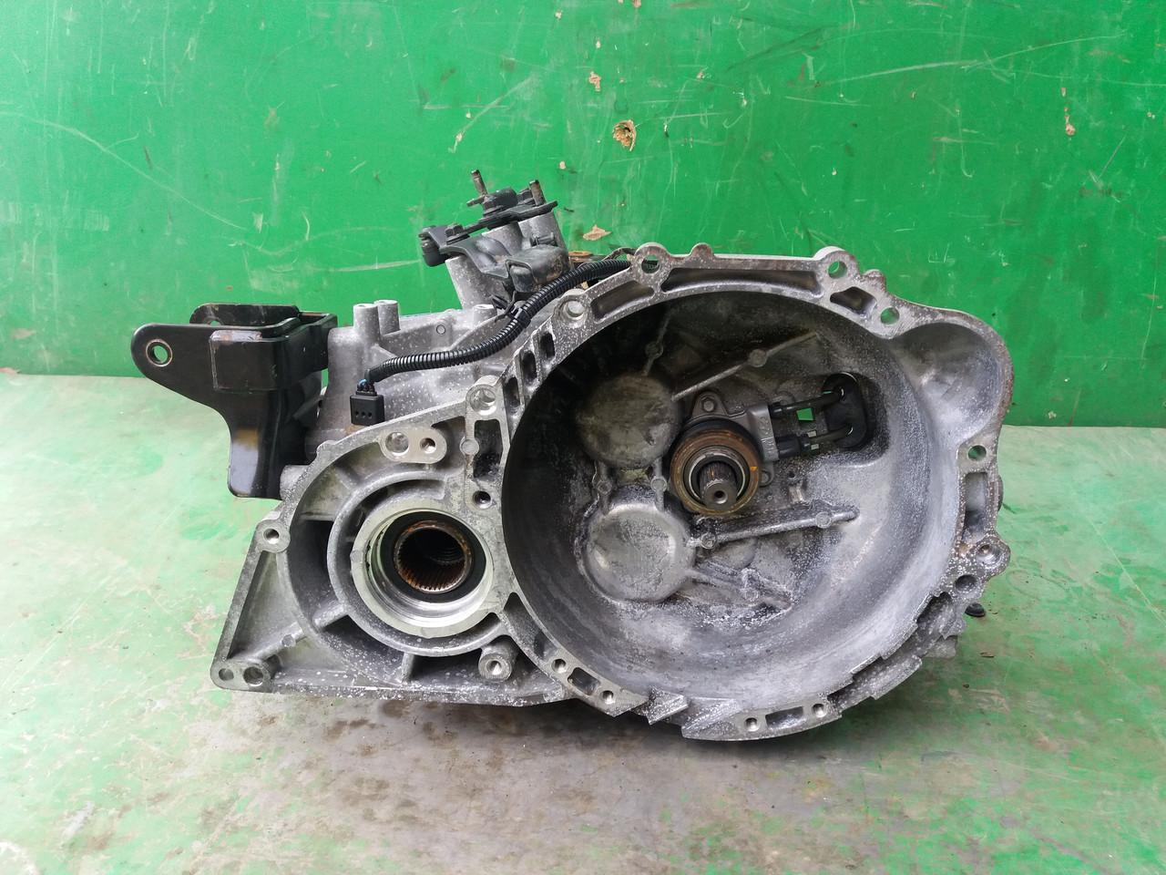 Б/у КПП для Hyundai Tucson 2008 р., Kia Sportage II 2.0 CRDI 16 V 4x4, 2004-2010 p. M6GF2 DDC 4 WD K - 3, S714