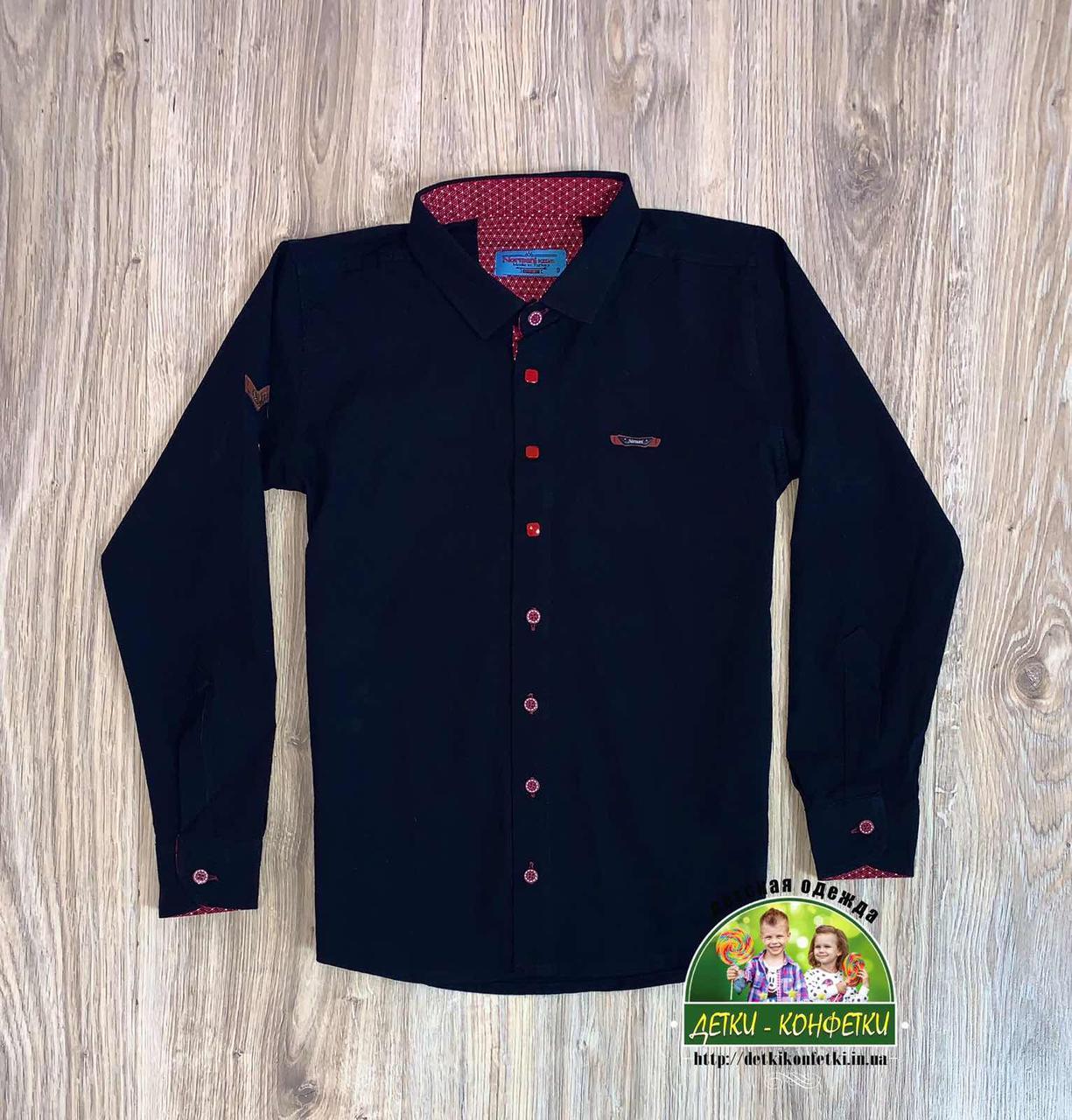 Черная рубашка с красными пуговицами для мальчиков и подростков