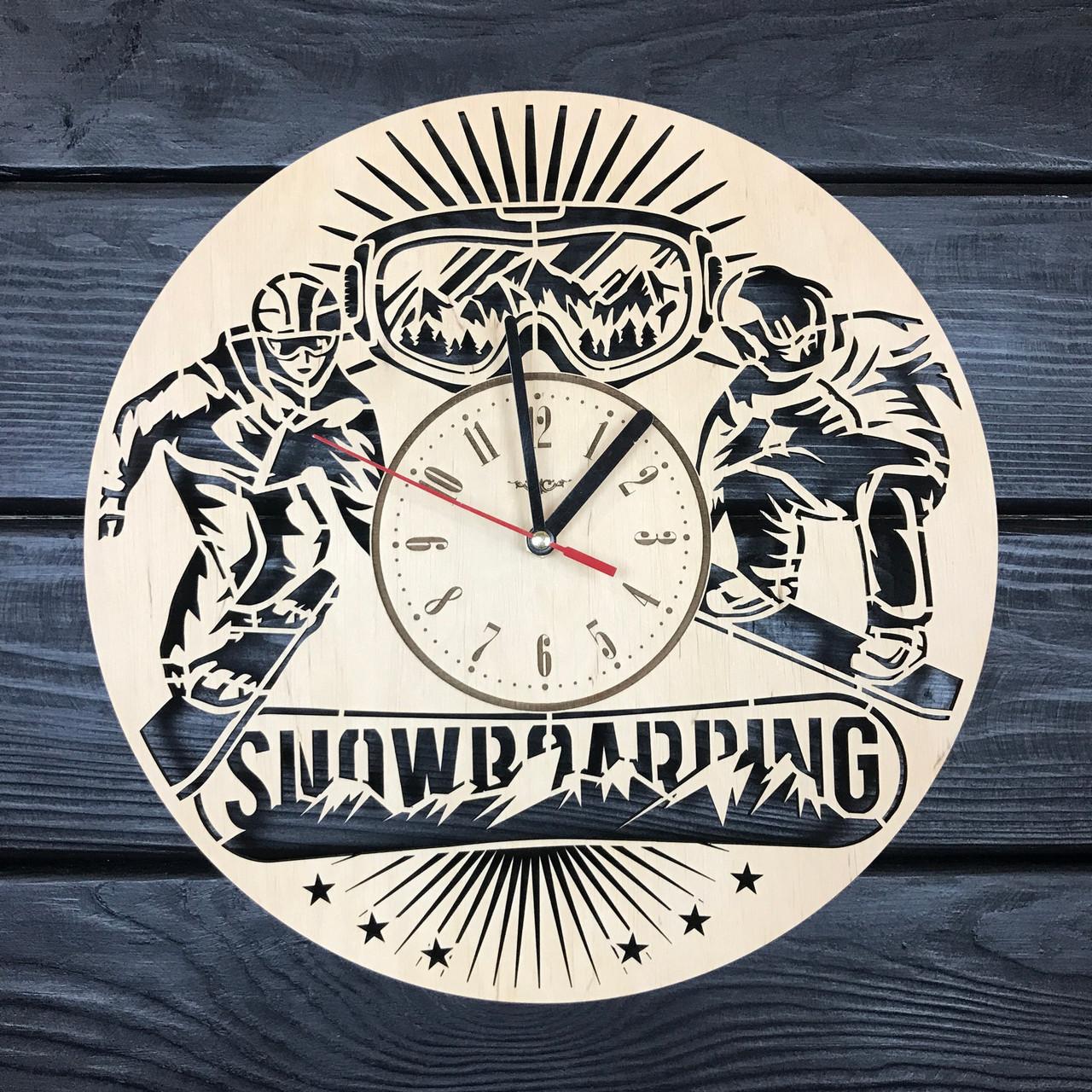 Тематические настенные часы из дерева «Сноубординг»