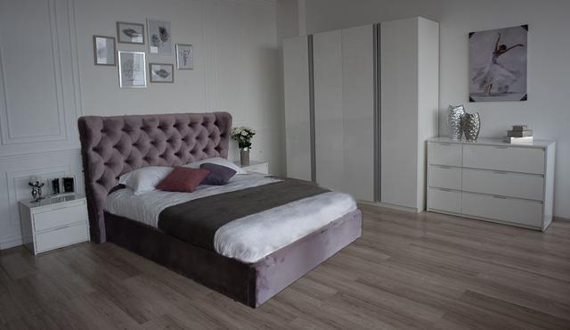 Кровать двуспальная ПурПур (Embawood) в интерьере