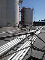 ПРОКЛАДКА ВНЕШНИХ И ВНУТРЕННИХ ТРУБОПРОВОДОВ НА НЕФТЕБАЗАХ  Трубопроводы должны быть минимальной протяженности и обеспечивать возможность выполнения всех технологических операций на нефтебазах при сохранении качества и количества нефтепродуктов. Диаметры подземных трубопроводов рекомендуется принимать не менее 50 мм. Трубопроводы, как правило, необходимо выполнять из стальных труб (бесшовных или с