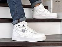 Мужские зимние кроссовки на термопрокладке Nike Air Force 1 07 Mid LV8, кожа, белые