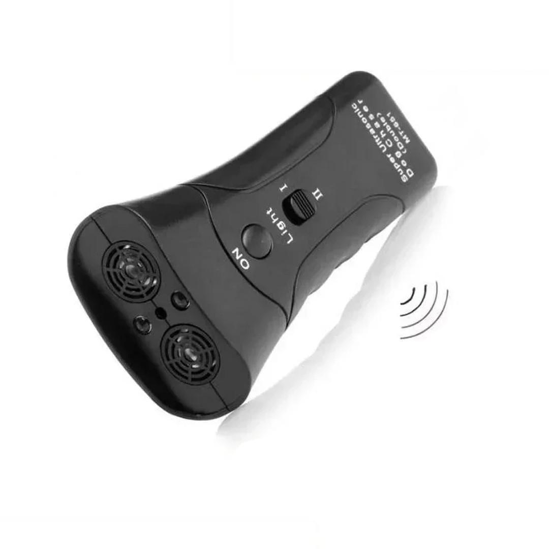 Ультразвуковой Мощный отпугиватель собак (2 головки) со светодиодом и лазером (МТ-651Е)